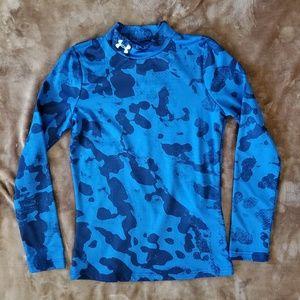 NWOT UA fitted long-sleeved shirt